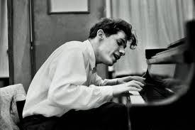 Glenn Gould: la potenza del virtuosismo, che tra le pagine di Bernhard genera mostri.