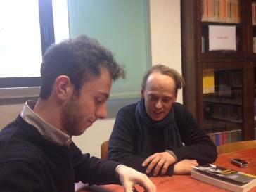 Un momento dell'incontro con Maurizio Guerri