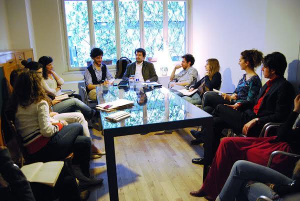 Giacomo Giossi e la redazione di «Chiamateci Sik-Sik»: foto di Silvia Vincenza D'Orazio