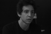 Matteo, 22 anni, grintoso ed entusiasta aspirante attore