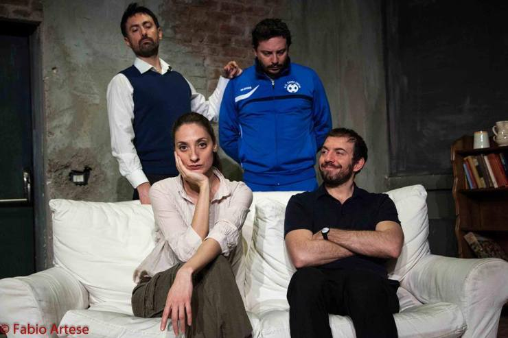 Il cast di Peperoni difficili: in piedi, Ugo Giacomazzi e Andrea Narsi. Seduti, Anna Della Rosa e Rosario Lisma (foto di Fabio Artese)
